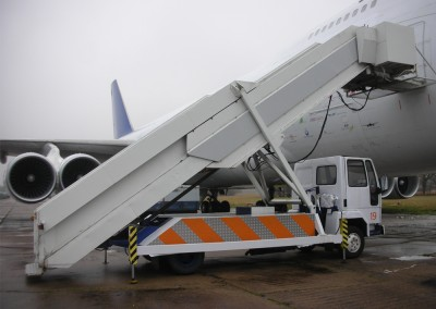 Boeing 747 aircraft steps side view