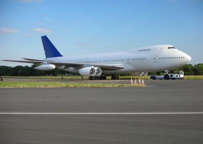 Boeing 747 white exterior