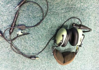 Aviation headsets and pilot headphones