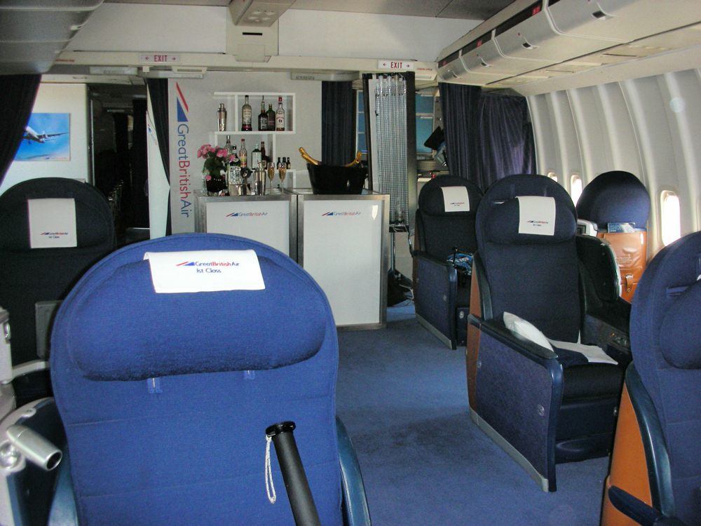 Dunsfold Boeing 747 1st class cabin