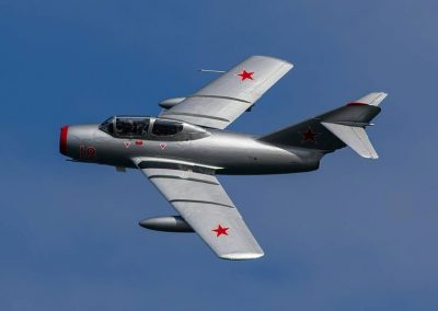 Mig in flight