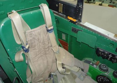 Aircraft sets & studio mockups - WW2 P51 mustang cockpit