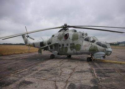Mil Mi-24 Attack Helicopter - Hind Helicopter Gunship
